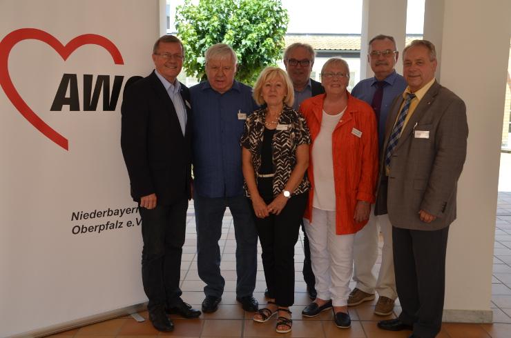 Ehrung für Bienlein-Holl und Köllner bei der AWO Bezirkskonferenz