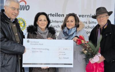 Fußmassagen bringen 1250 Euro für Tafel ein